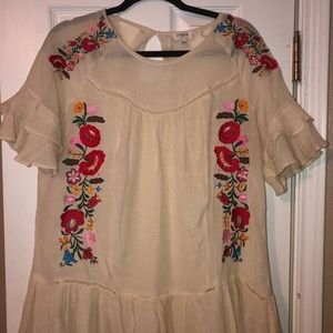 Beige umgee mexican top